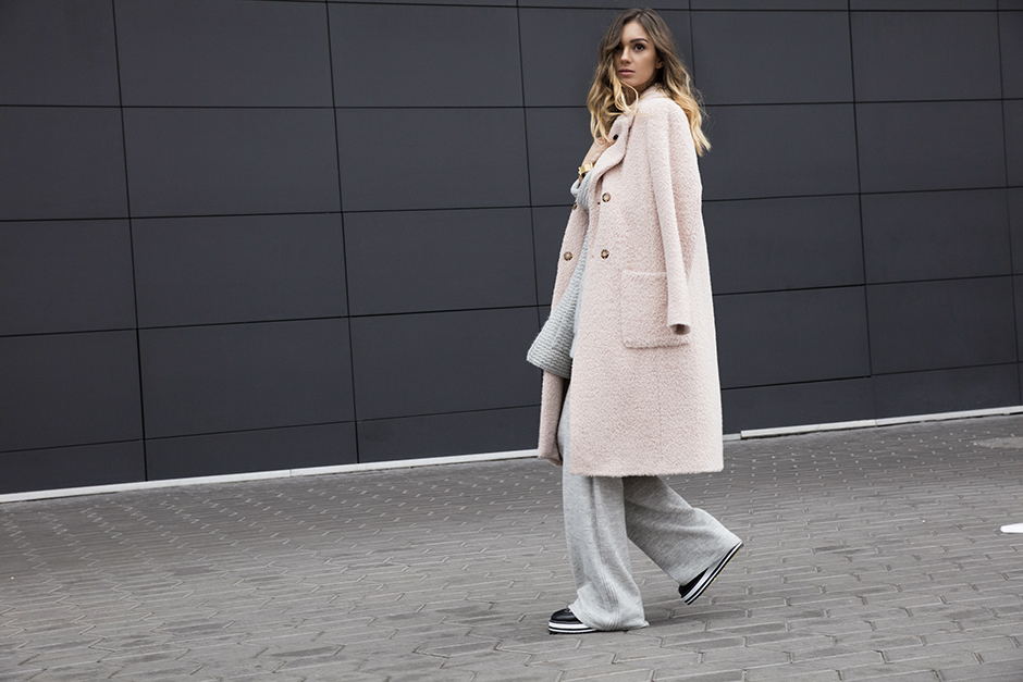 pastel-pink-coat-outfit-look