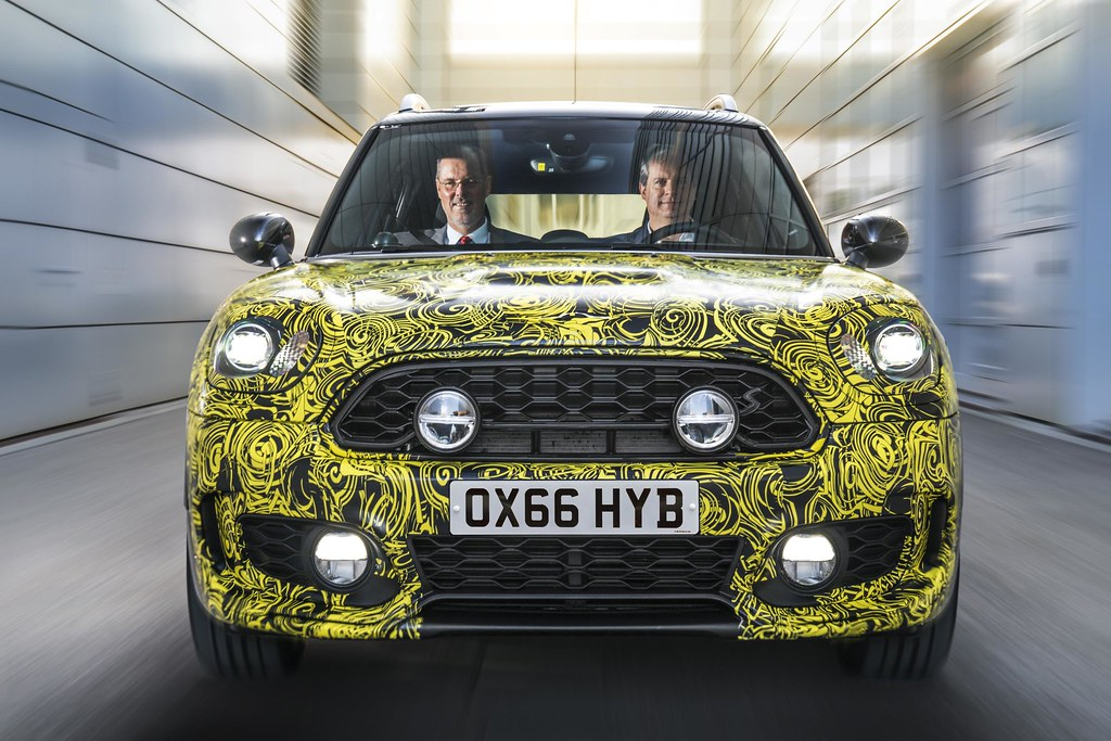 The Mini goes electric