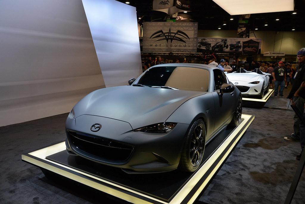 Mazda MX-5 Miata RF Kuro and MX-5 Speedster Concepts live photos: 2016 SEMA Show