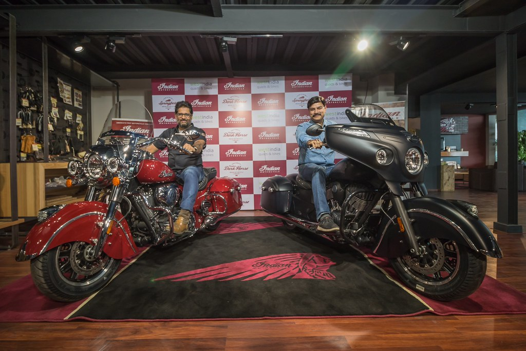 L-R Mr. Vikram Shah, Managing Partner, West India Quads & Bikes with Indian Springfield_Mr. Pankaj Dubey CEO & Director-Eicher Polaris Private Limited & Polaris India with Chieftain Dark Horse at the launch in Ahmedabad