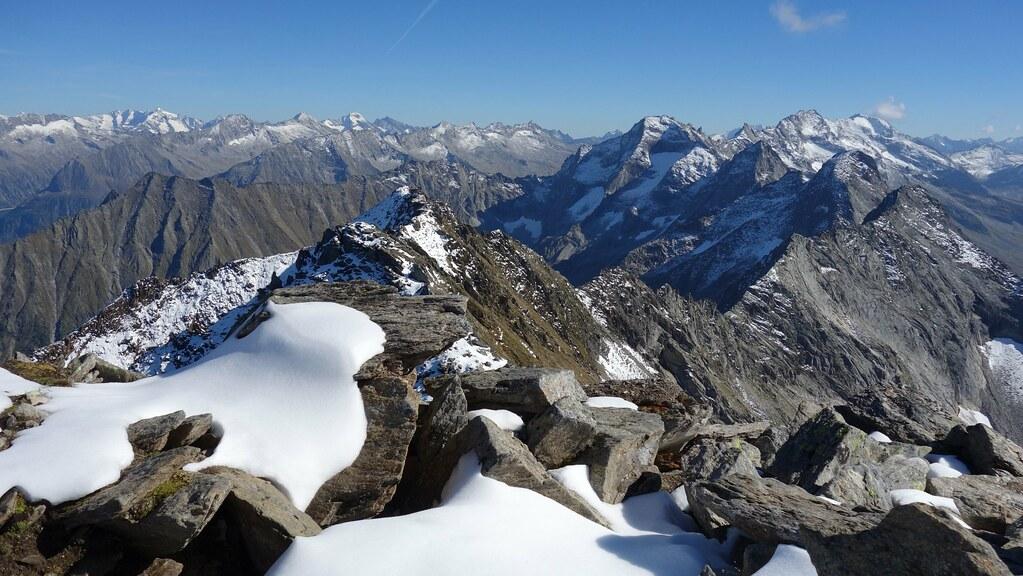 Uitzicht vanop de Ahornspitze.