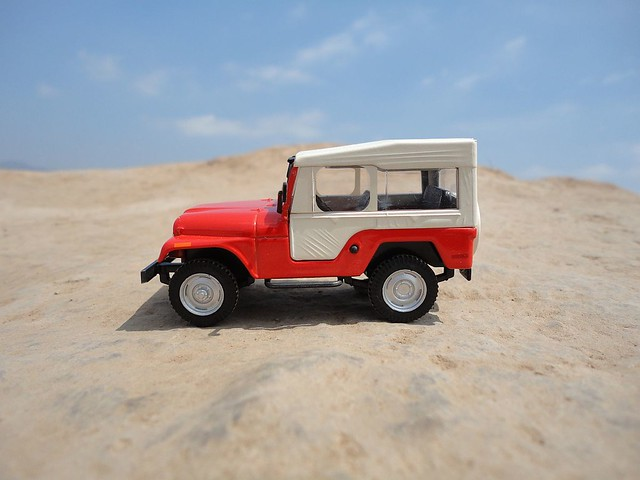 Jeep Willys CJ-5 (1954 - 1983) 1/43 (PCT - IXO)