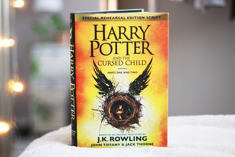 viimeaikojen luetut 1 harry potter and the cursed child arvostelu
