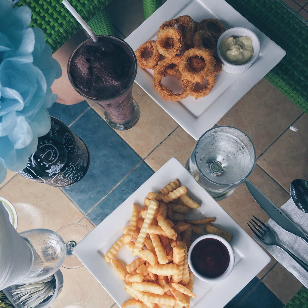 Appetizers at Bistro del Cielo at Parque España Residence Hotel