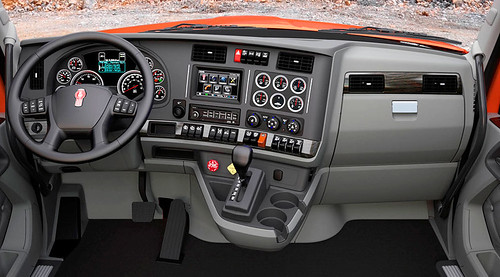 Review del Kenworth T880