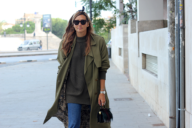 Oversize trench coohuco