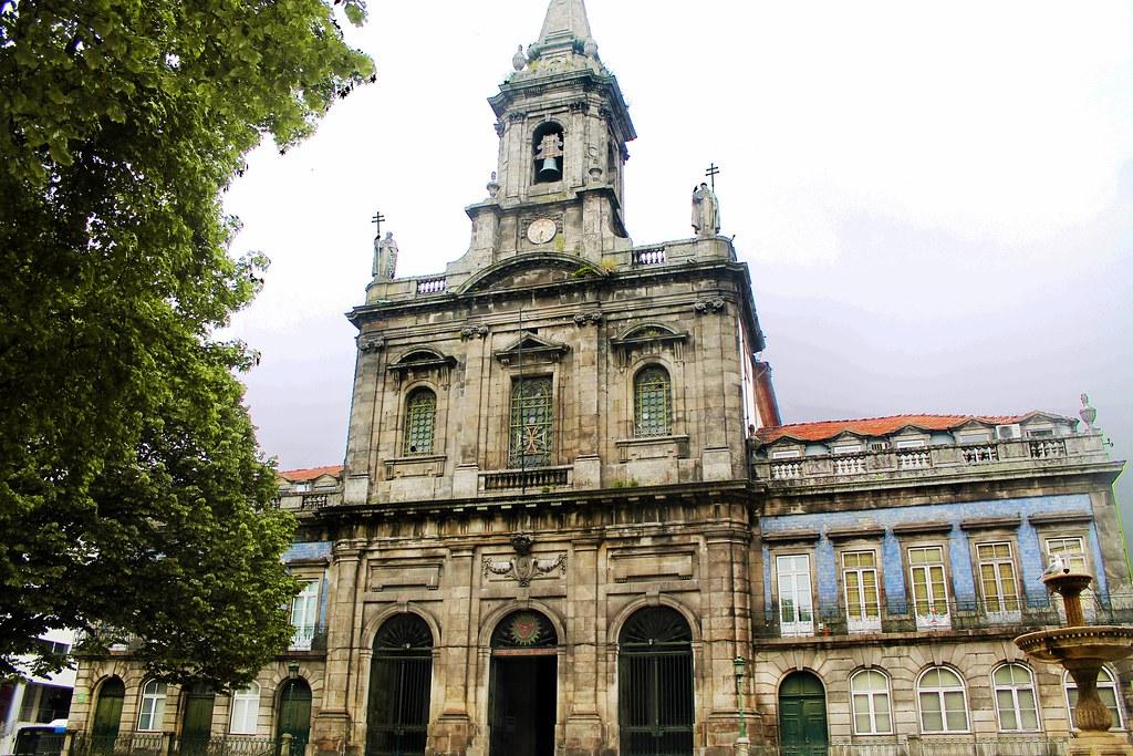 Roteiro do Porto: da Baixa Portuense ao Centro Histórico - Igreja da Trindade