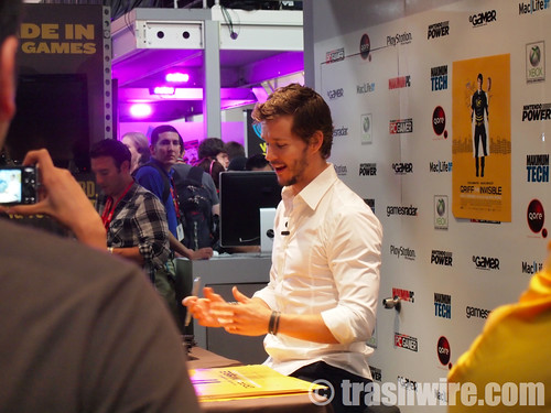 Ryan Kwanten (AKA Jason Stackhouse) signs posters for Griff the Invisible | by trashwire