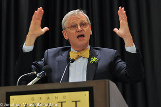 Rep Earl Blumenauer at opening plenary-3