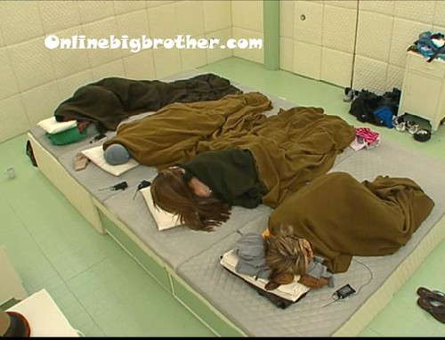 BB13-C1-7-8-2011-7_19_22 | by onlinebigbrother.com