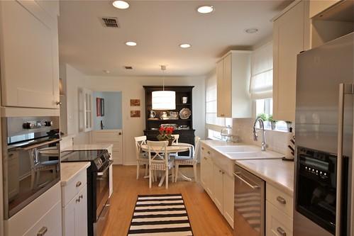 White Kitchen Bright Accessories