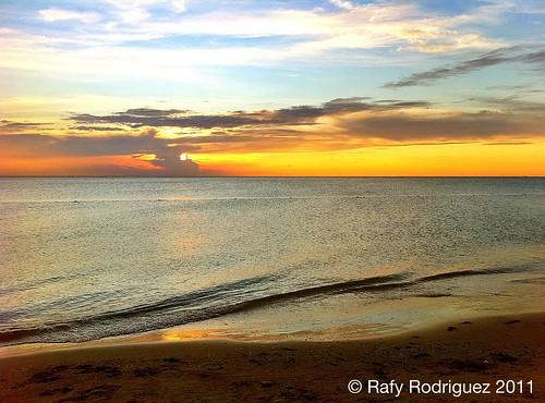 Atardecer en la playa del combate cabo rojo puerto rico for Villas koralina combate cabo rojo