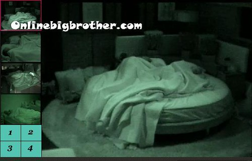 BB13-C2-8-19-2011-8_23_02.jpg | by onlinebigbrother.com