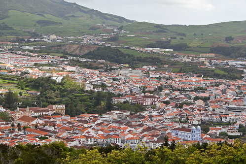 angra do heroismo gay singles Terceira mar hotel - angra do heroísmo (terceira - açores), with online availability, best room prices and direct booking with its distinctive setting and classic.