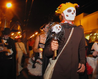 November 2nd 2010 Day of the Dead in SF Mission 25 | by sfmission.com