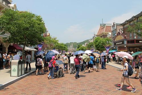 Main Street USA in Hong Kong Disneyland