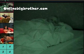 BB13-C2-8-1-2011-1_52_07.jpg | by onlinebigbrother.com