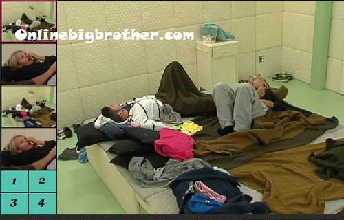 BB13-C2-8-7-2011-1_25_40.jpg | by onlinebigbrother.com