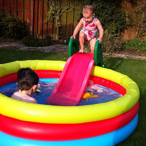 Pool from tesco cost of some hot water bargain for Garden pool tesco