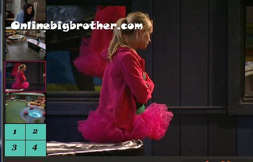 BB13-C3-8-17-2011-2_11_56.jpg | by onlinebigbrother.com