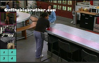 BB13-C1-8-18-2011-1_32_36.jpg | by onlinebigbrother.com
