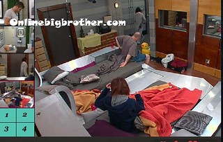 BB13-C4-8-19-2011-12_13_40.jpg | by onlinebigbrother.com