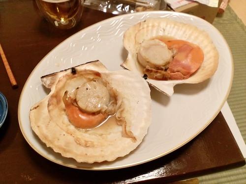 別海ジャンボホタテを刺身、バター焼き、貝焼きにしましたー!