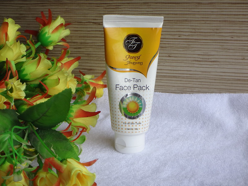 Forest Treasures De-Tan Face Pack