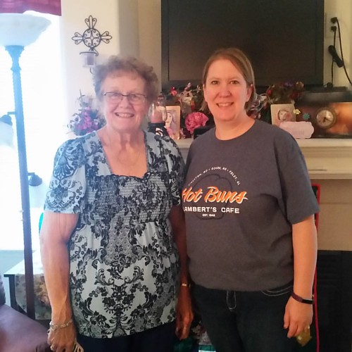 So excited that I got to see Pat Fox at her home in Loveland CO. We had a delicious supper and quick visit before going to Denver. We're back on the road to Loveland for more shopping today.