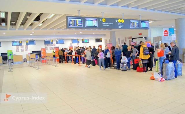Зона регистрации, Аэропорт Пафос, Кипр