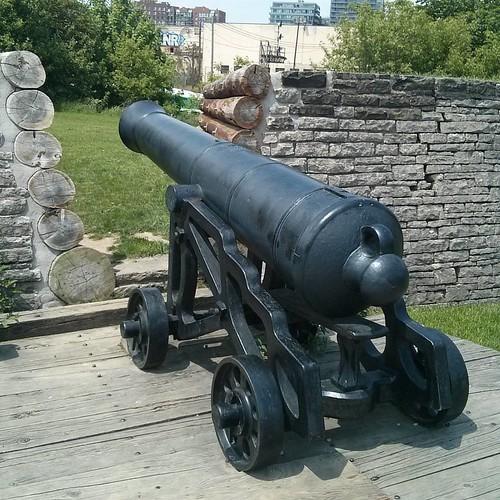 Cannon #toronto #doorsopen #blogtodot16 #fortyork #cannon