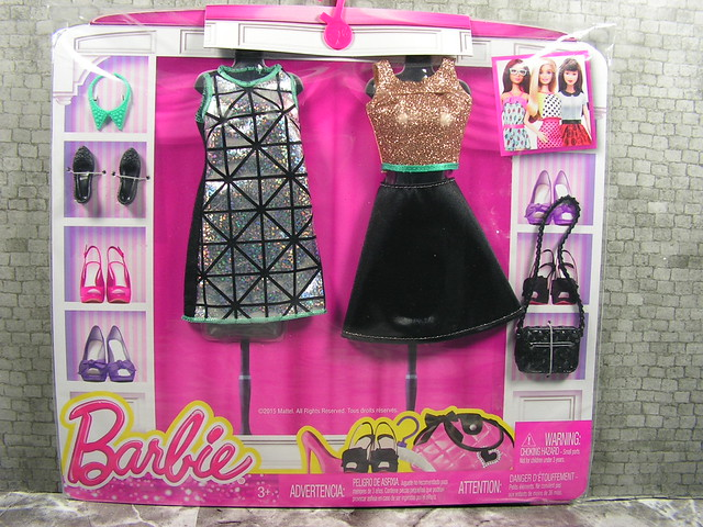 2015 Barbie Fashion DMF54