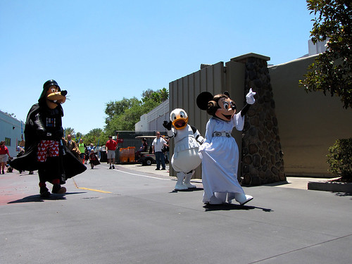 Legends of the Force Motorcade | by disneylori