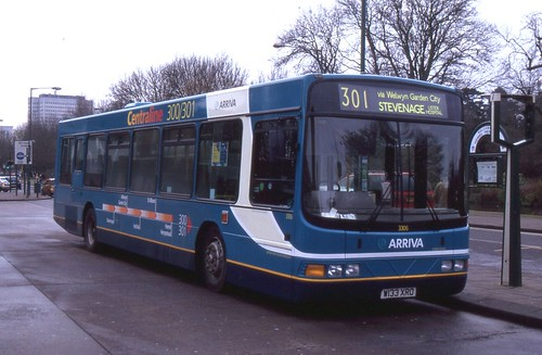 Arriva The Shires . 3306 W133XRO . Hemel Hempstead Bus Station . 02nd-January-2006 . | by AndrewHA's