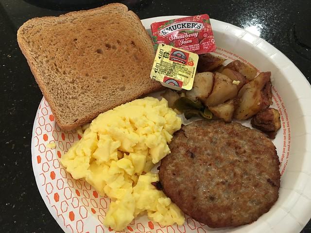 Breakfast buffet - Hampton Inn & Suites