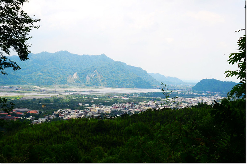 湖桶山俯瞰濁水溪