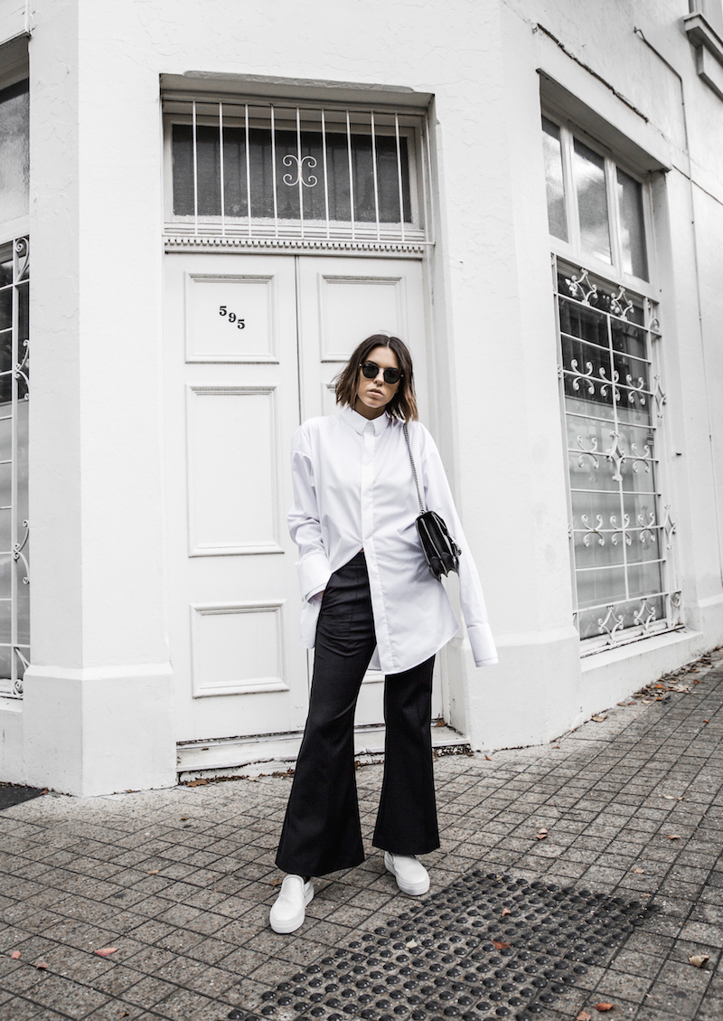 FARFETCH x MODERN LEGACY statement shirt overlong sleeves Ellery cropped flare Celine sneakers Gucci Dionysus bag black fashion blogger monochrome minimal street style (1 of 11)
