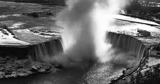 Niagara Falls | by The Globetrotting photographer