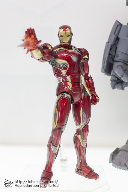 MEDICOM_TOY_20th_iron-1