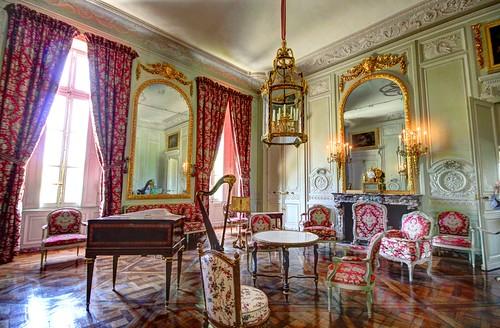 Chateau de versailles petit trianon salon de compagnie for Salon de versailles