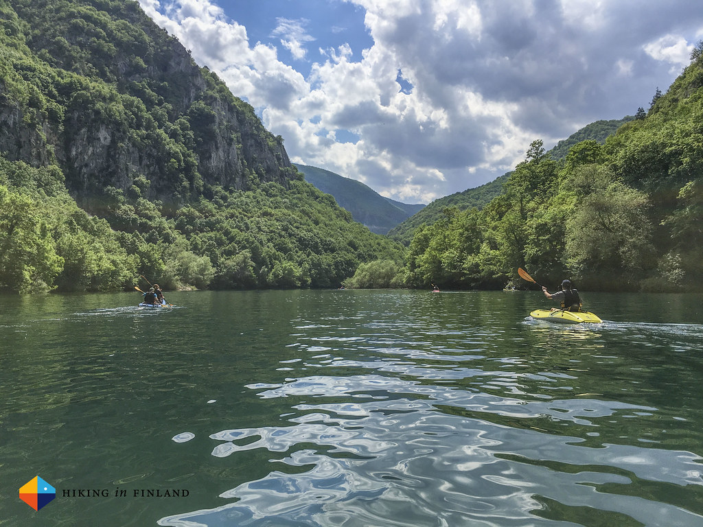 Paddling at Matka Canyon 01