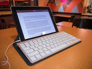 Apple Wireless Keyboard | by andyi