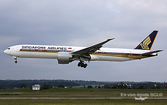 Singapore Airlines B777-300ER ZRH (A.Ruiz)