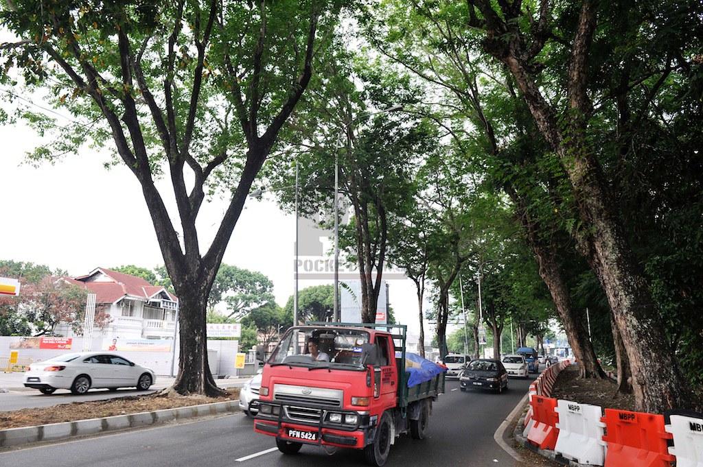 Sidang Akhbar Mengenai Pemindahan Pokok Bagi Menaiktaraf Jalan Di Jalan Masjid Negeri (27 May 2016)