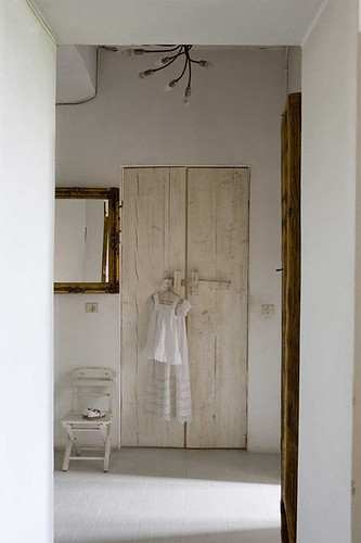 beige & white with wood | by the style files
