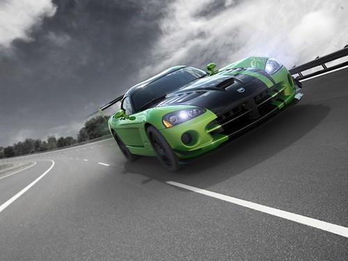 Знаменитий суперкар Dodge Viper знімають з виробництва