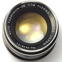 ヤシカ オートヤシノンDX 50mm F1.4