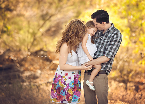 Kevin, Sarah, & Cadence | by ljholloway photography