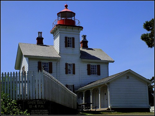 Yaquina Bay Lighthouse | by Boyds Gallery