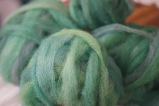 Tour de Fleece Day 1: 4oz Laura's Pygoras Shetland Roving | by QueenieVonSugarpants